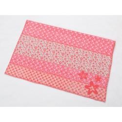 Kocyk David Fussenegger Lena Flowers Pink 75x100